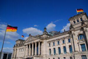 Fassade des Berliner Reichstagsgebäudes, Sitz des Bundestags